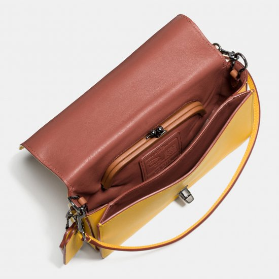 DINKY CROSSBODY IN GLOVETANNED LEATHER