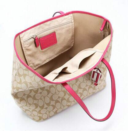 SOPHIA TOTE IN SIGNATURE CANVAS